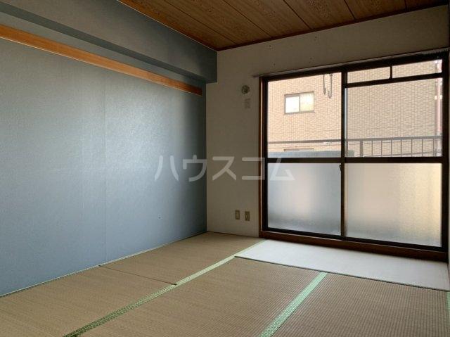 アスピア若鶴 311号室のベッドルーム