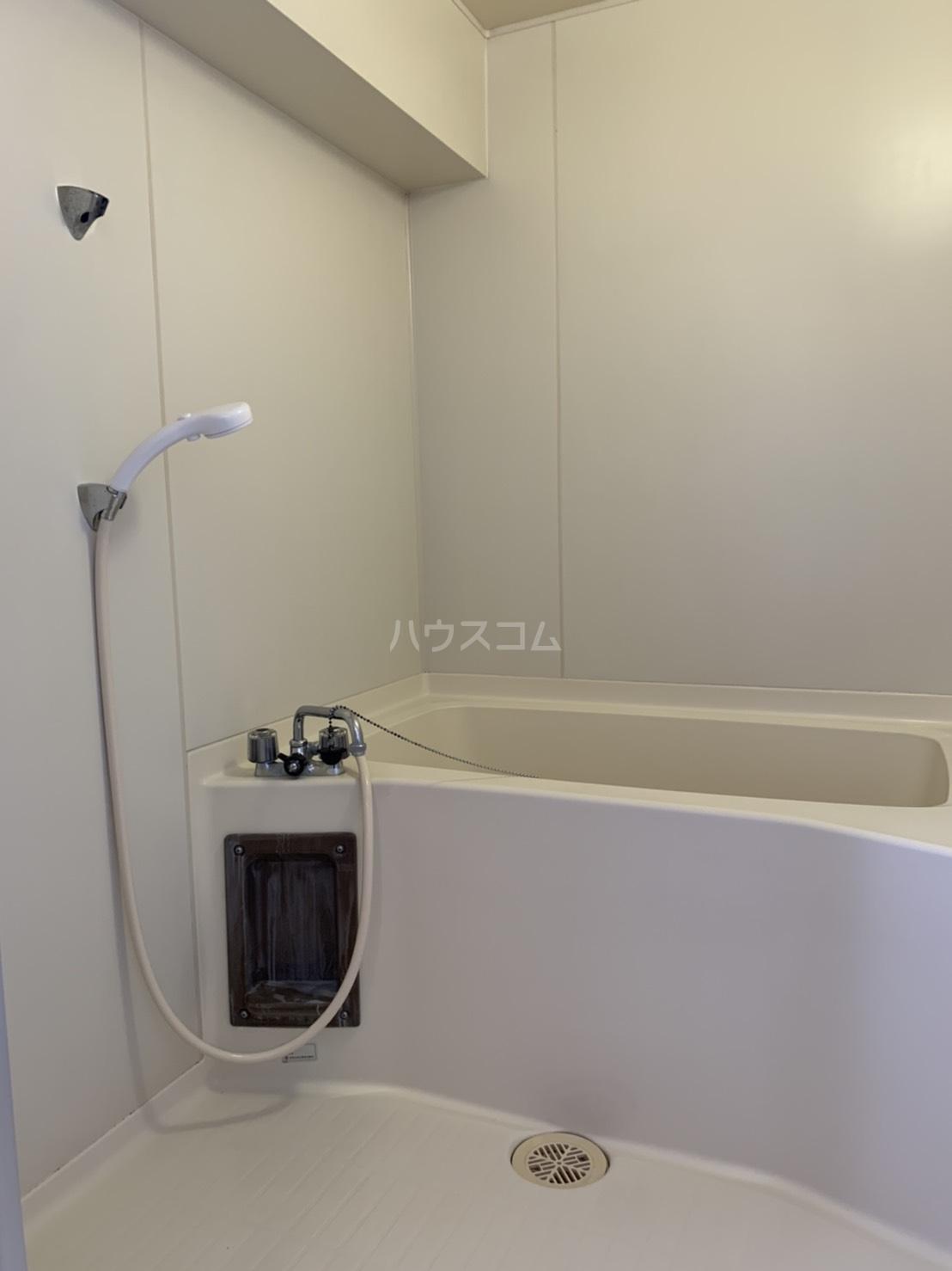 アスピア若鶴 311号室の風呂