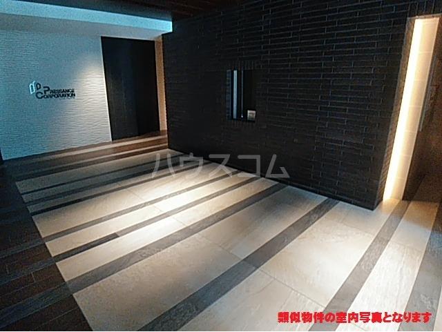 プレサンス名古屋幅下ファビュラス 402号室のエントランス