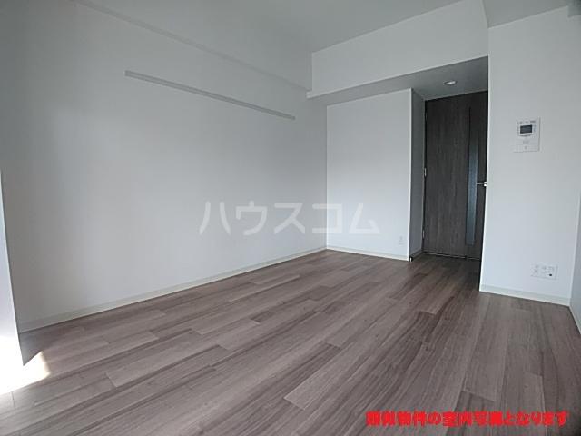 プレサンス名古屋幅下ファビュラス 402号室のリビング