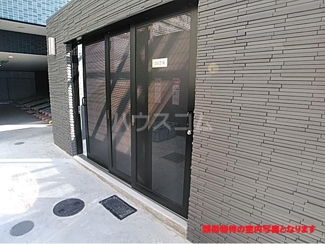 プレサンス名古屋幅下ファビュラス 602号室のエントランス