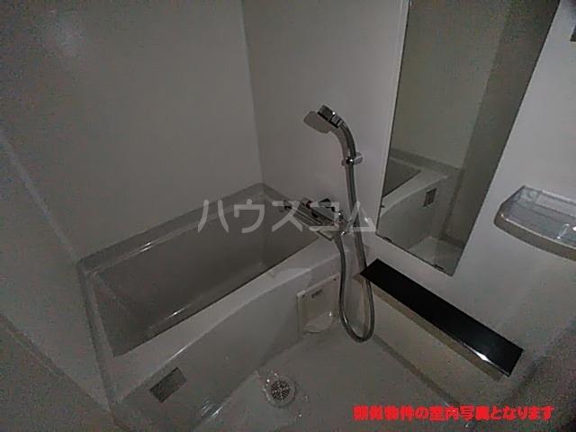プレサンス名古屋幅下ファビュラス 602号室の風呂