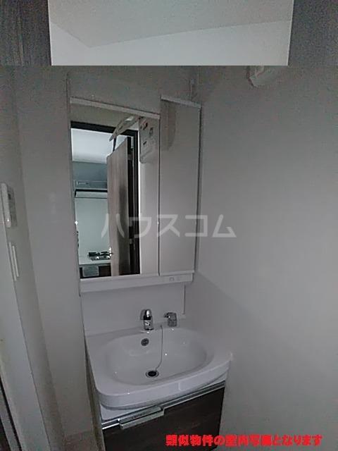プレサンス名古屋幅下ファビュラス 602号室の洗面所