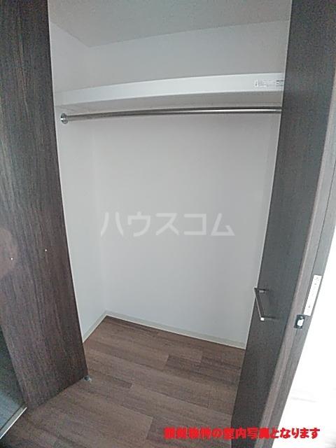プレサンス名古屋幅下ファビュラス 602号室の収納