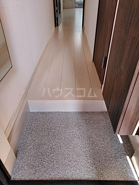 Felice浅田 102号室の玄関