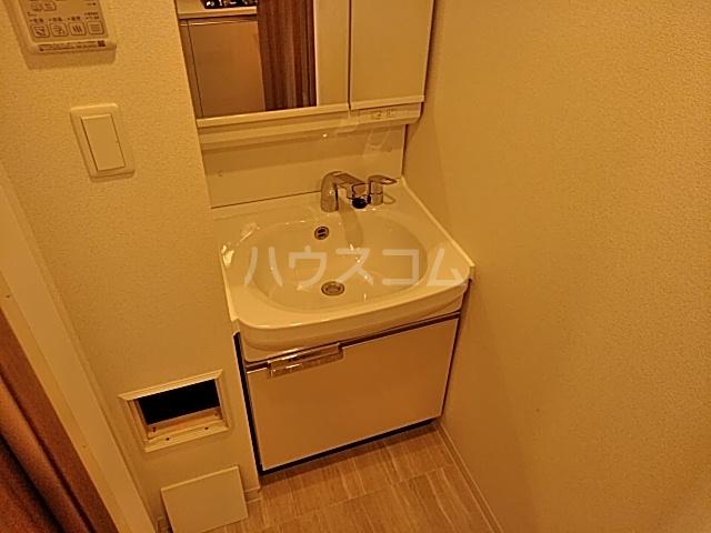 プレサンス名古屋幅下ファビュラス 1302号室の洗面所