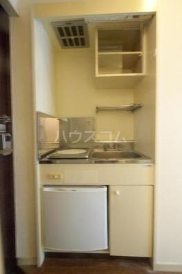 アベニールエイラク 202号室のキッチン