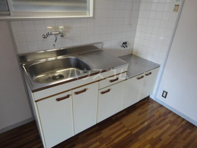プチハイム追分 00102号室のキッチン