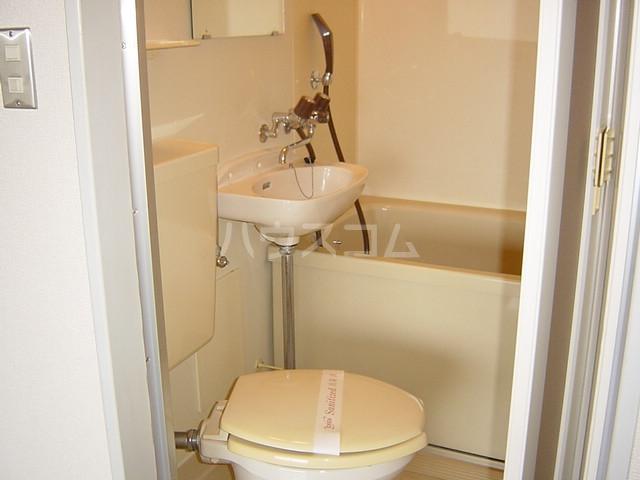 プチハイム追分 00102号室の洗面所