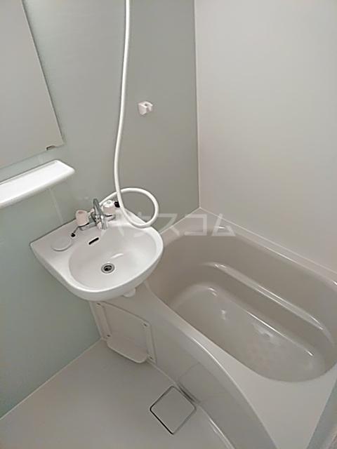 ランド・18 綾瀬2丁目 503号室の風呂