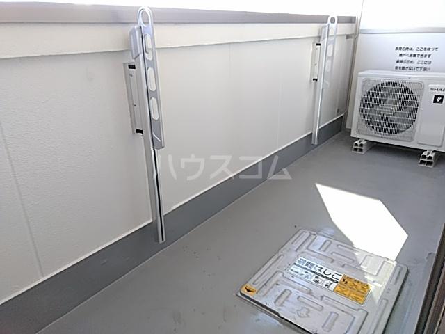 ランド・18 綾瀬2丁目 501号室のバルコニー