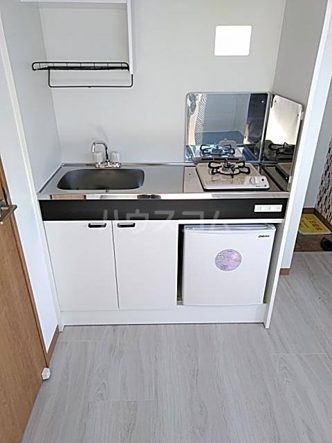 ランド・18 綾瀬2丁目 501号室のキッチン
