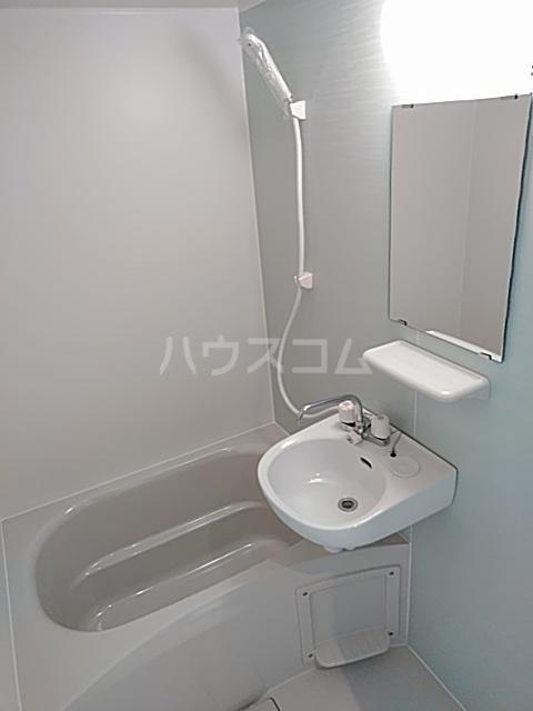 ランド・18 綾瀬2丁目 501号室の風呂