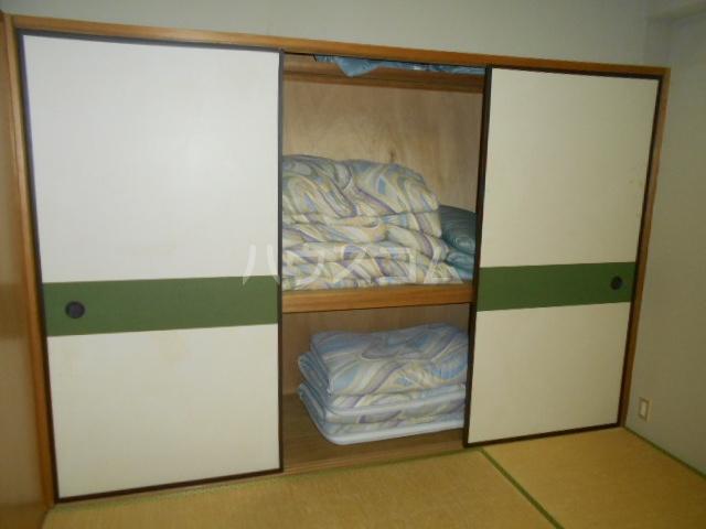 強羅ビラ 308号室の居室