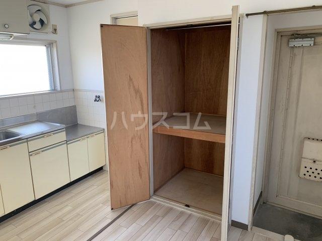 谷村マンション 302号室の収納