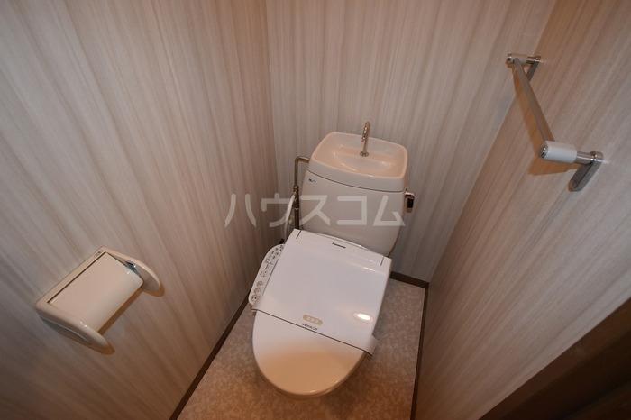 サンピア・K 106号室のトイレ
