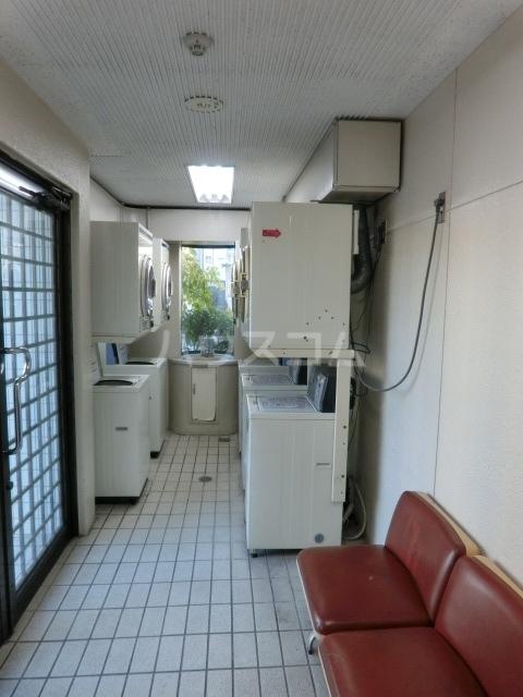 メゾン・ド・タンドレス 303号室のロビー