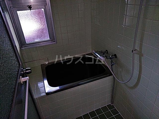 シャトウノダ 303号室の風呂