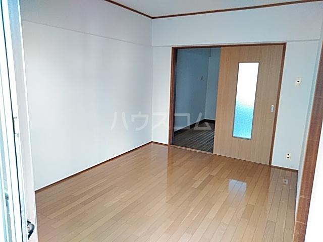シャトウノダ 303号室のベッドルーム