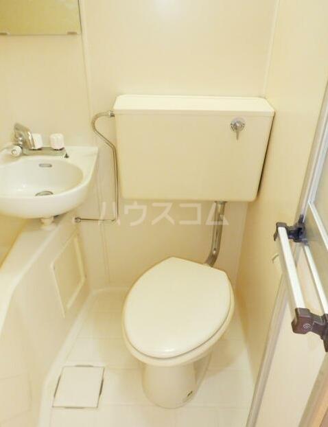 ベルライト能見台 00505号室のトイレ