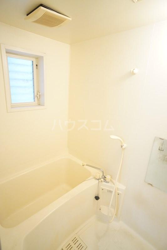 コンフォートライフ北棟 102号室の風呂