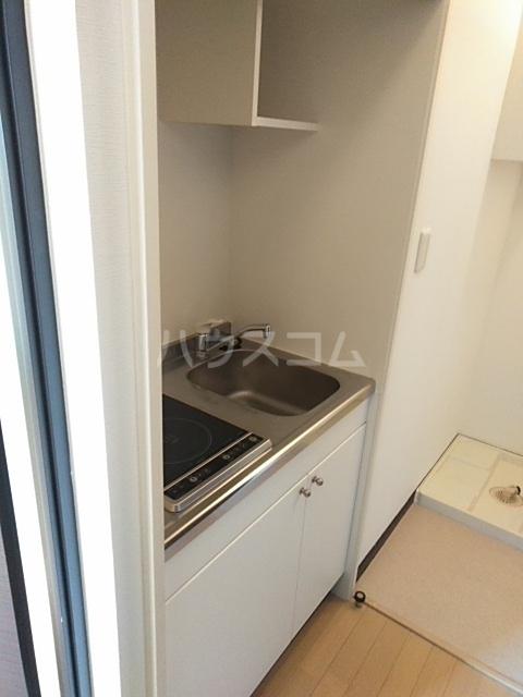 LEO CUTTE 102号室のキッチン