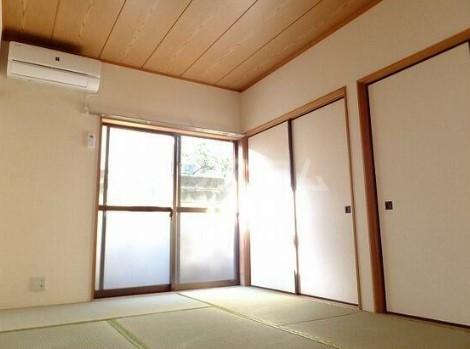 グリーンハイツ 0102号室のベッドルーム