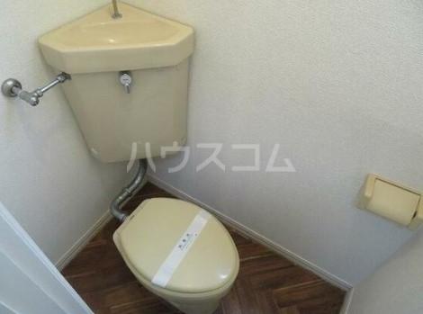 グリーンハイツ 0102号室のトイレ