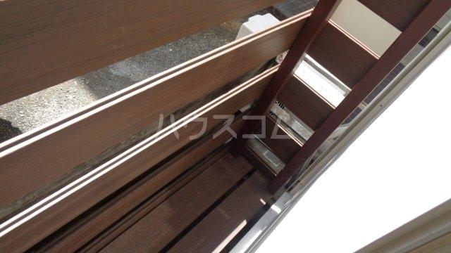 カーサフロール 津田沼 112号室の玄関