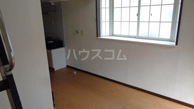カーサフロール 津田沼 112号室のエントランス