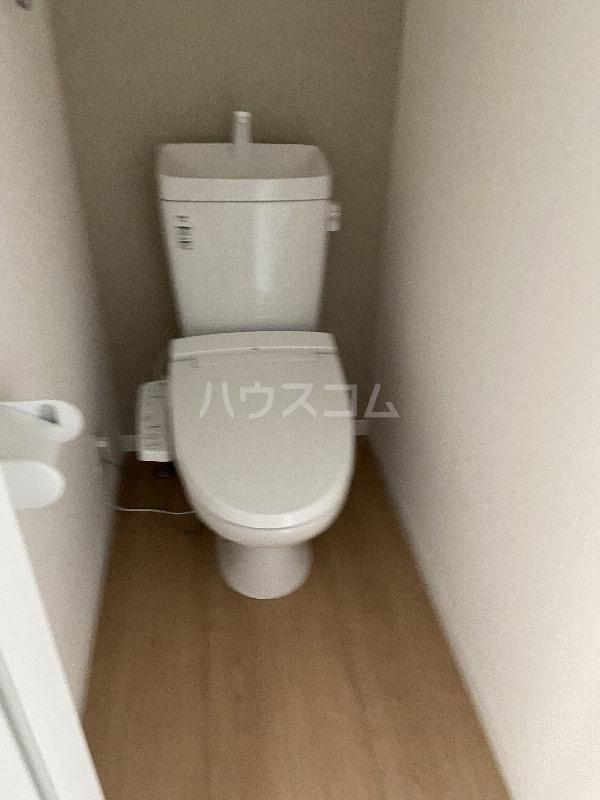 ブランノワール 103号室のトイレ