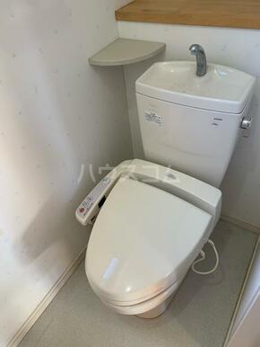 下小田貸家のトイレ