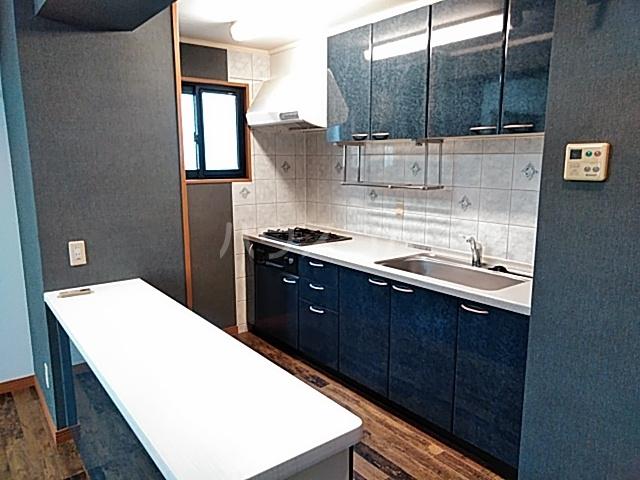 出川町4丁目戸建のキッチン