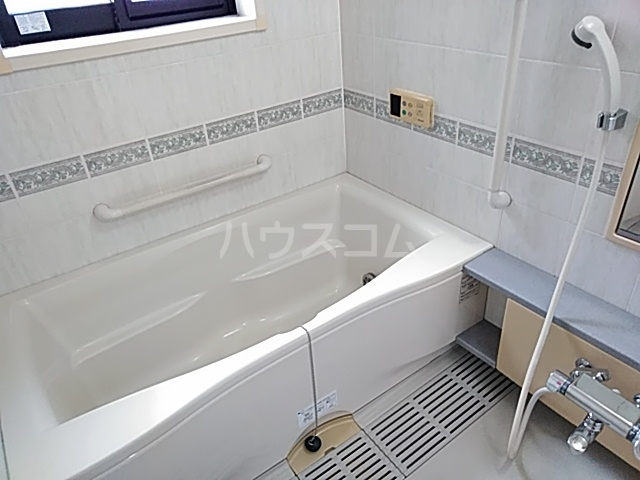 出川町4丁目戸建の風呂