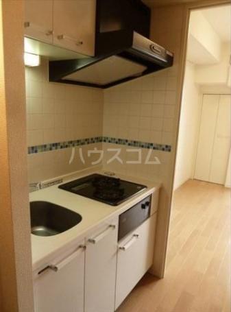 アジールコート中野坂上 701号室のキッチン
