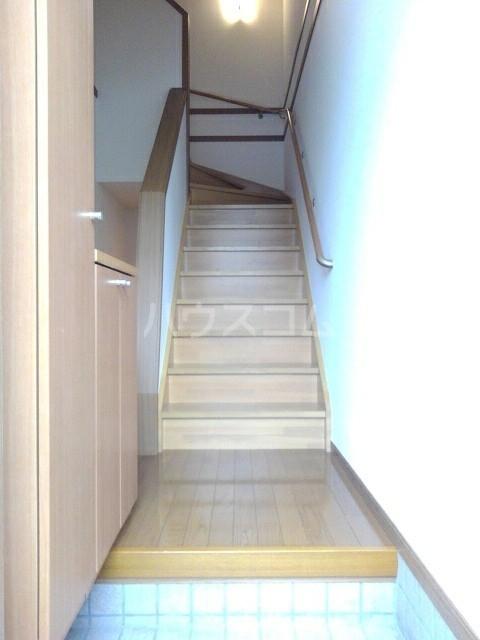シャン・ド・ポワール 02010号室のバルコニー