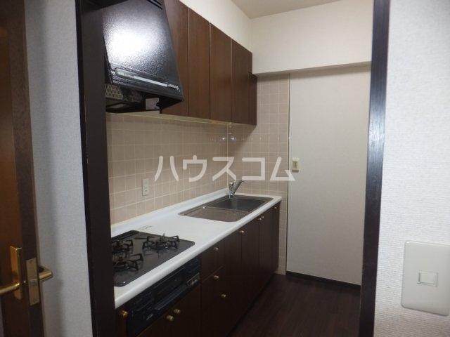 エスポア日吉 901号室のキッチン