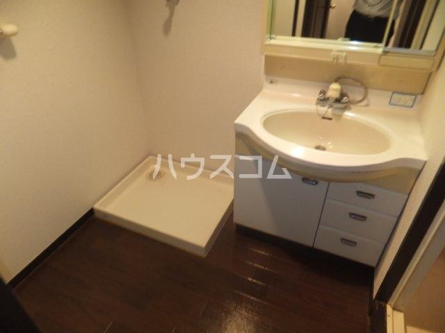 エスポア日吉 901号室の洗面所