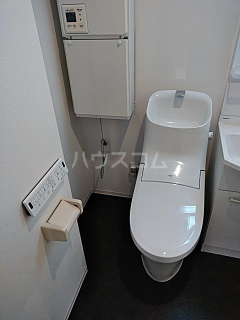 LiveFlat中野鷺宮 102号室のトイレ