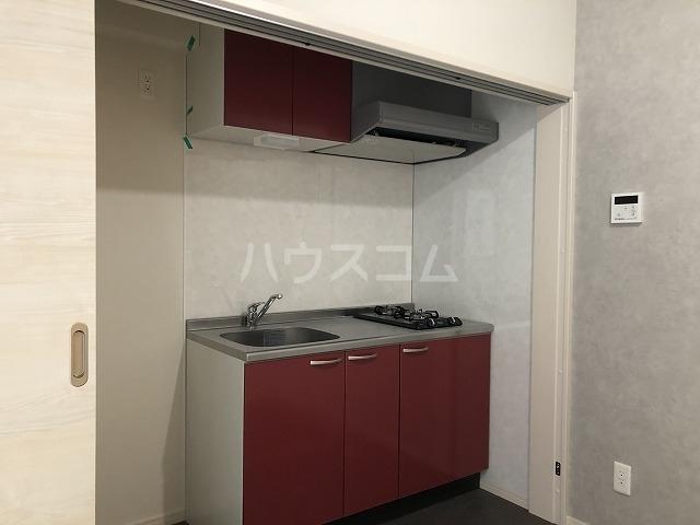 リアンプレミアム大濠公園 201号室のキッチン