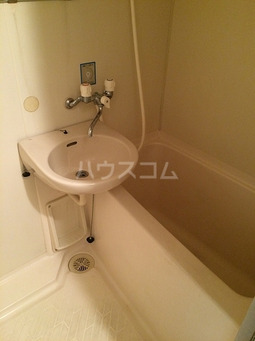 サンシャイン富士パート4 215号室の風呂