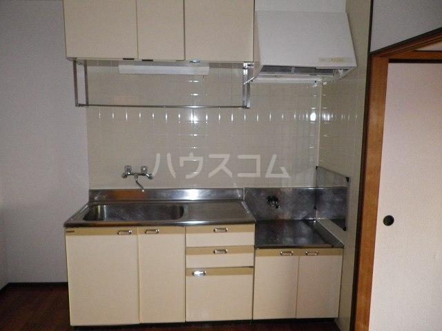 ルミエールカサマ 01030号室のキッチン