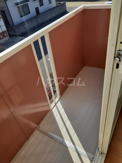 スプリングキャッスル B 02020号室のバルコニー