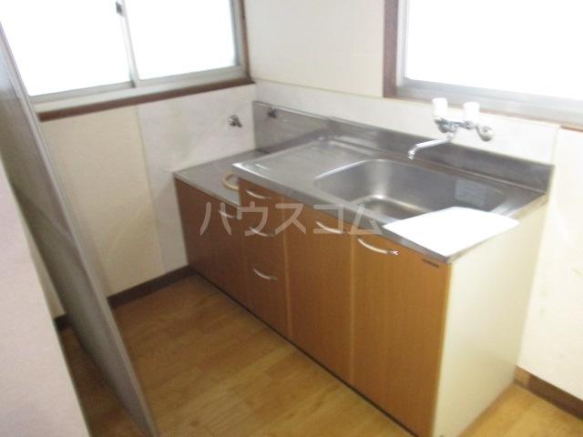 ひぐらし荘 201号室のキッチン
