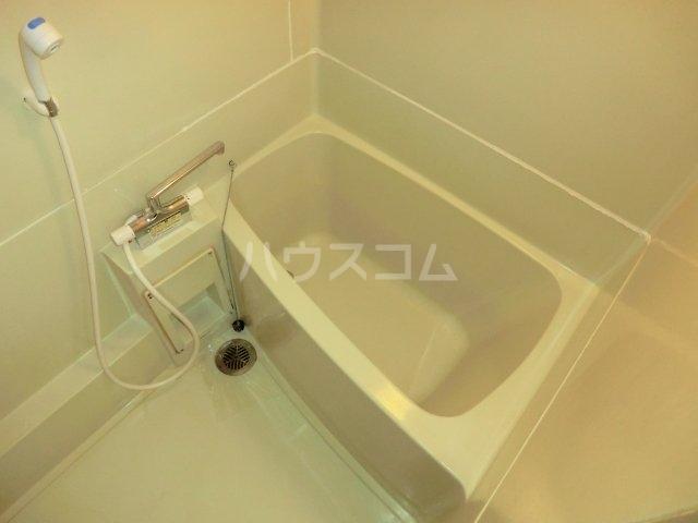 古城川ハイツ 402号室の風呂
