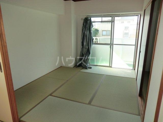 古城川ハイツ 402号室の洗面所