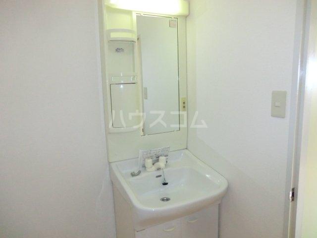古城川ハイツ 402号室の収納