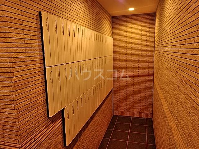 プレサンス名古屋幅下ファビュラス 703号室のセキュリティ