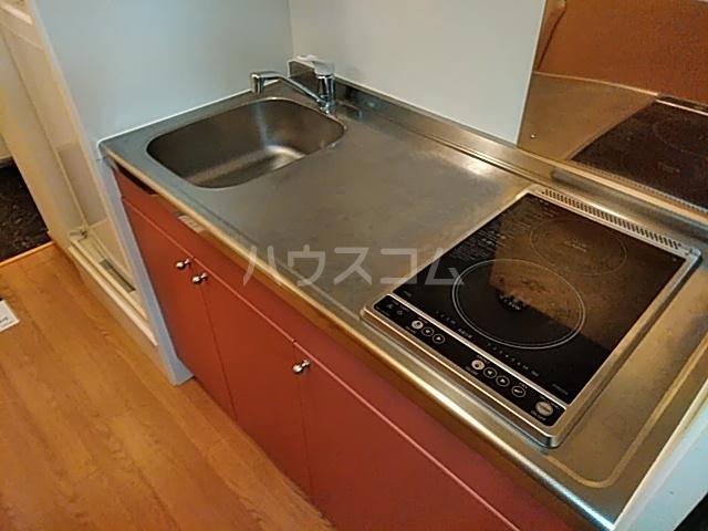 レオパレスTN参番館 103号室のキッチン