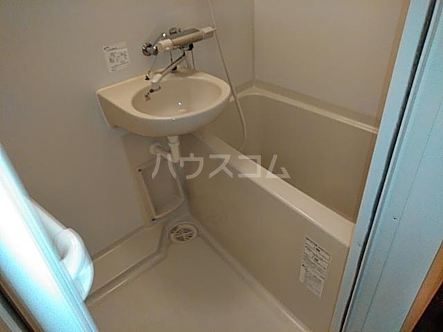 レオパレスTN参番館 103号室の風呂